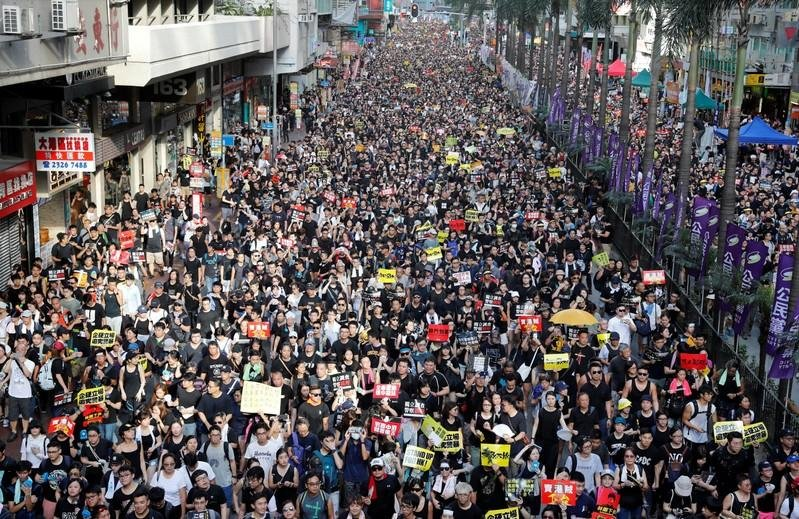 How Reuters counted a quarter million people at Hong Kong's protests