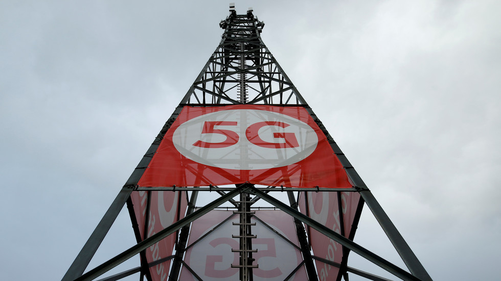 'Landmark' moment as Vodafone showcases UK's first standalone 5G network