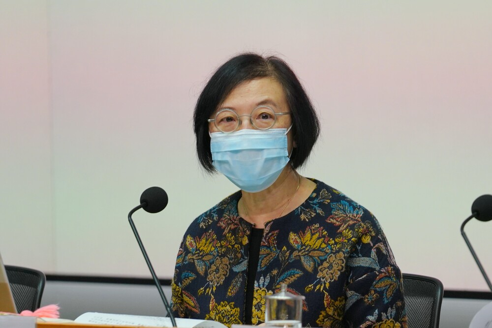 Hong Kong is not politicizing any vaccine, says health chief